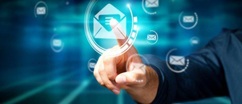 Caratteristiche della posta elettronica (email)