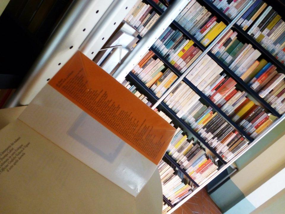 Creare un biblioteca usando la tecnologia RFID (Biblioteca Tecnologia RFID)