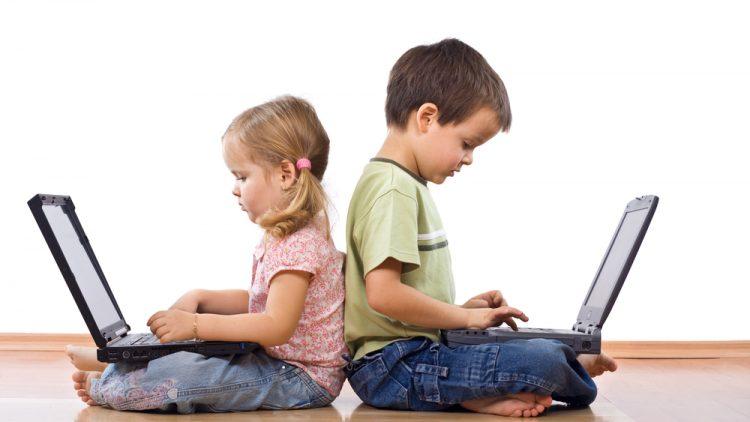 Chi sono i Nativi digitali (o Digitali nativi) nella società moderna?