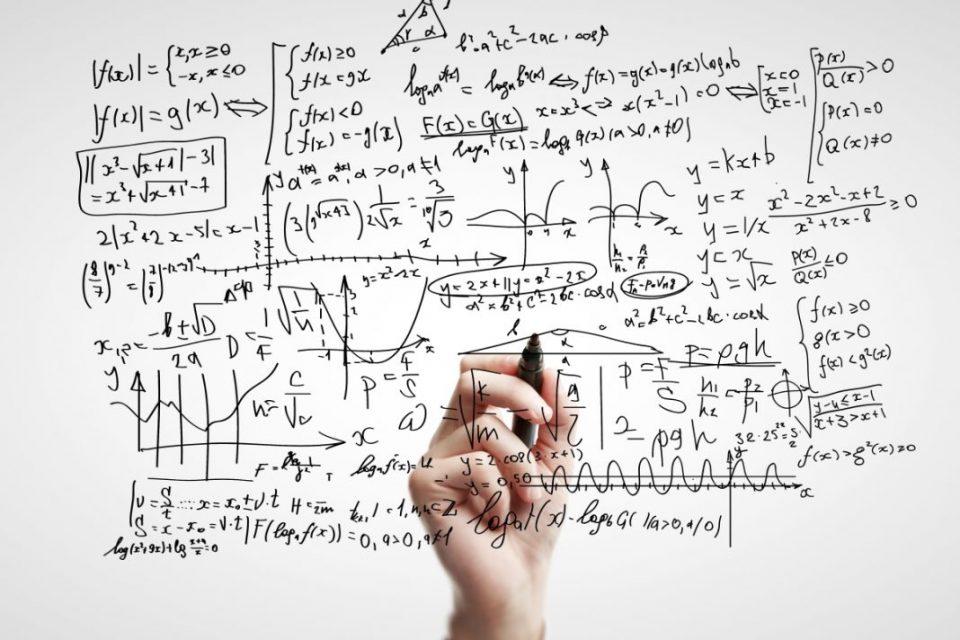 La definizione, le caratteristiche e le tipologie dei Modelli Matematici