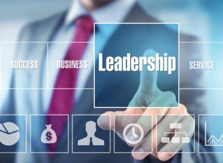 Leader e Team: Interazione del leader con il team in una azienda