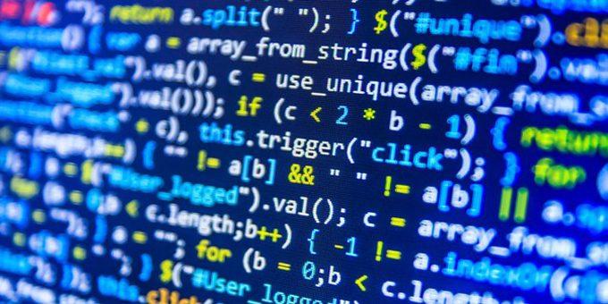 Caratteristiche e differenza tra compilatore e interprete in informatica