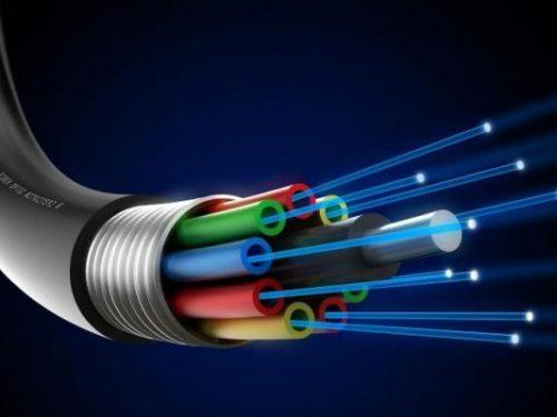 Che cos'è, struttura e vantaggi della fibra ottica